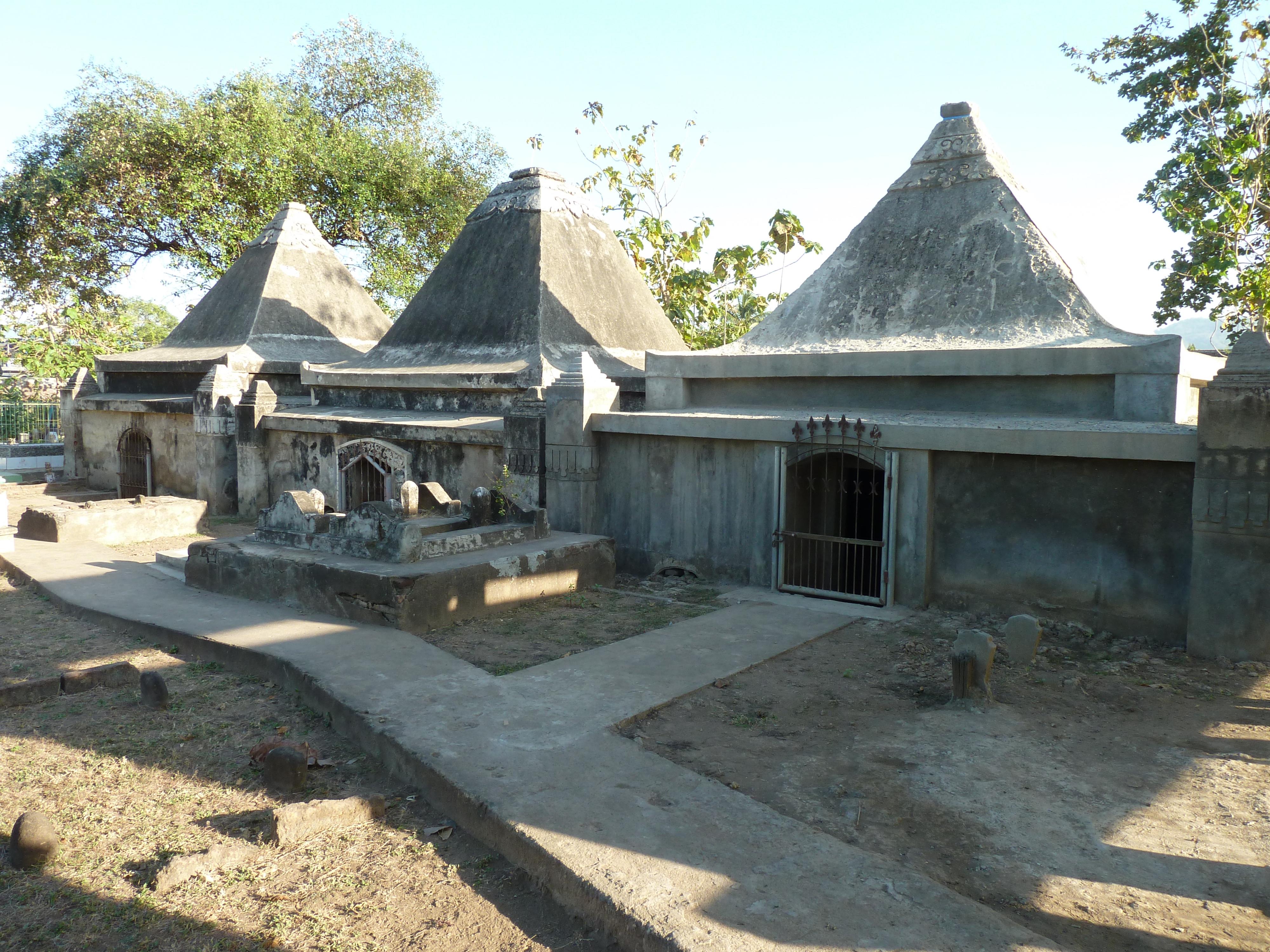 Jessica rahardjo Funerary Complex Tolo